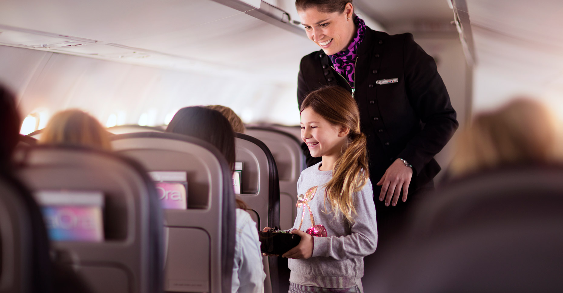 AIRNZ_ONBOARD_GIRL_SWEETS_5464x4096